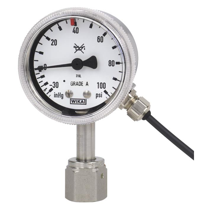 298379_Bourdon_tube_pressure_gauge_with_switch_contacts_1.jpg
